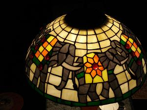 elephant-lamp-stained-glass