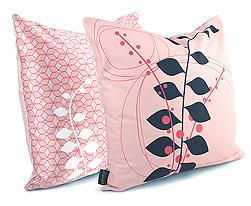 pink-floral-cushions