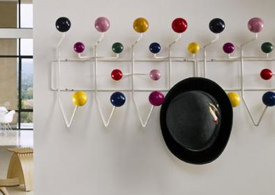 eames-clothes-colorful-wall-rack