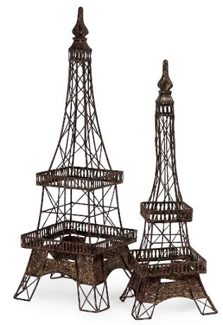 Eiffel-Tower-Replica-Statues