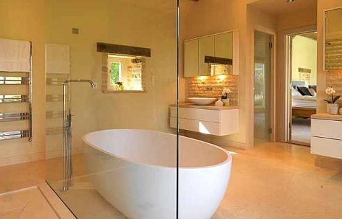 eco-bathroom-free-standing-bathtub