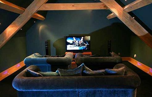 home-cinema-interior-dark-walls-beams