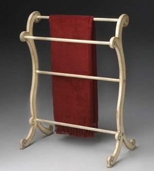 curvy-wooden-blanket-towel-rack