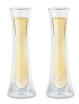 double-walled-champagne-glasses-floating