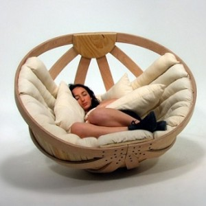 Round rocking cradle chair for ultimate relaxation home for Rocking bed for adults